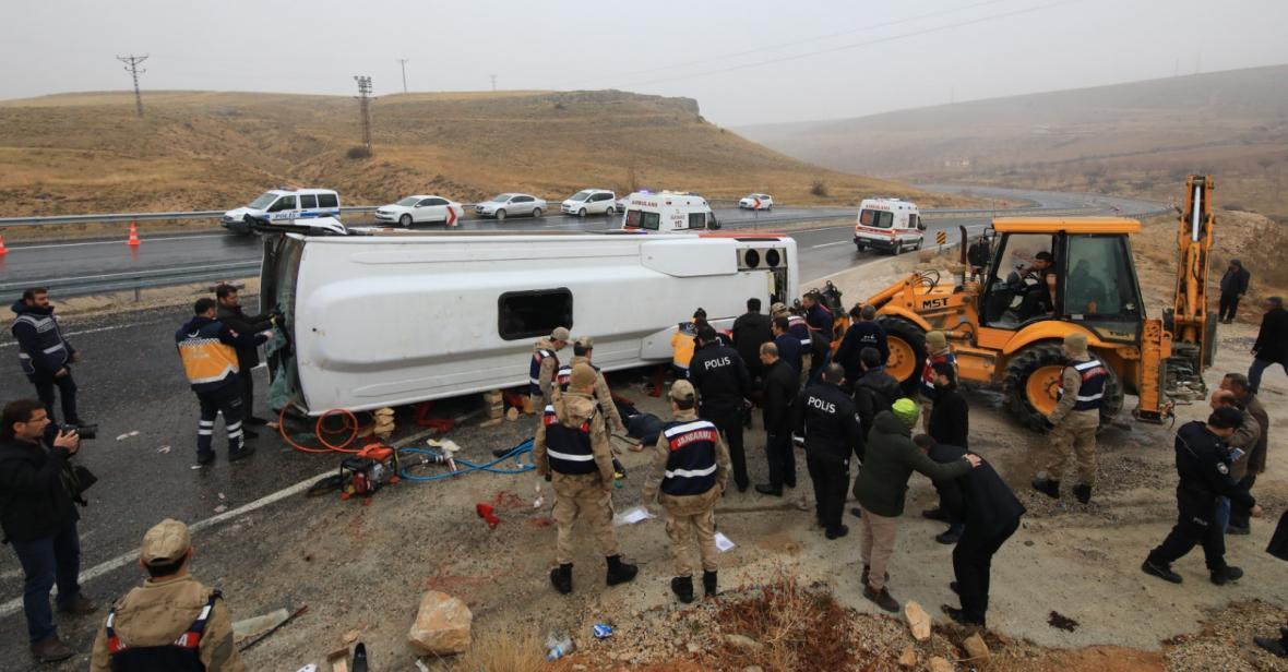 7 کشته در اثر واژگونی یک دستگاه مینی بوس در ملطیه ترکیه