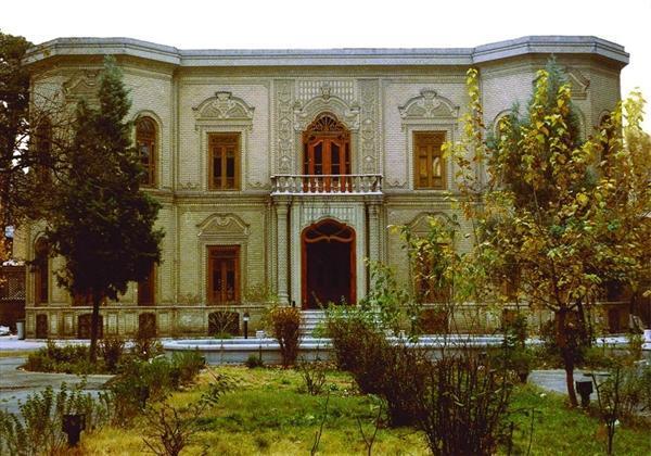 موزه آبگینه و سفالینه های ایران میزبان بچه ها شد