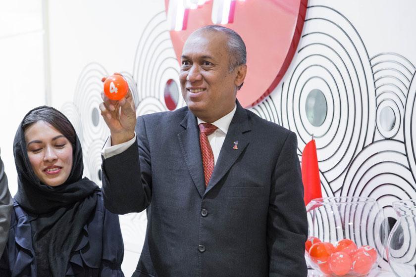 قرعه کشی ده بلیت سفر به مالزی با حضور سفیر این کشور: مسافران خوش شانس ایرآسیا