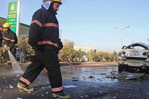 وقوع انفجار در نزدیکی محل سخنرانی اشرف غنی، 24 نفر کشته شدند