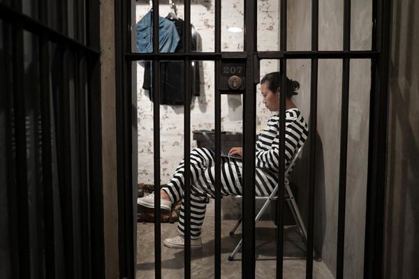زندان را با اقامت در هتلی در تایلند تجربه کنید!