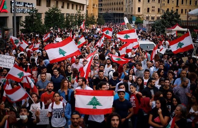 ارتش لبنان از تظاهر نمایندگان خواست راهها و مسیرها را باز نمایند