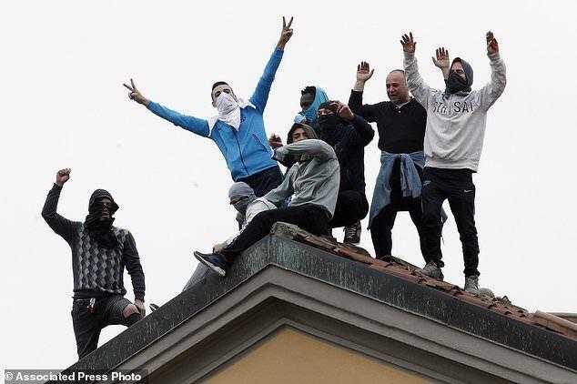 خبرنگاران شورش در زندان های ایتالیا از جنس کرونا؛ شش زندانی جان باختند