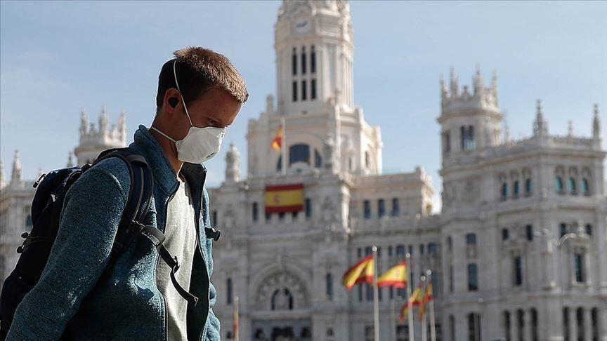 خبرنگاران ثبت آمارهای تازه جان باختگان کرونا در اسپانیا و فرانسه