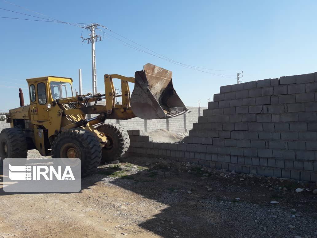 خبرنگاران جهاد کشاورزی با هرگونه ساخت و ساز غیرمجاز برخورد قانونی می نماید