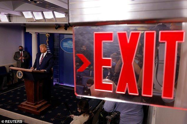افتضاحی که ترامپ در بازی آخر به بار آورد